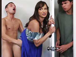 Busty MILF seduces her stepson's dumb friend