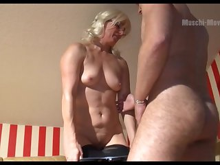 Mature German PAWG wants some man physically and she is so alluring