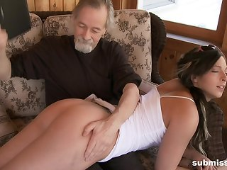 Old guy loves castigating and observing Jade Thomas portray with her puss